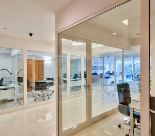 greta_office_021
